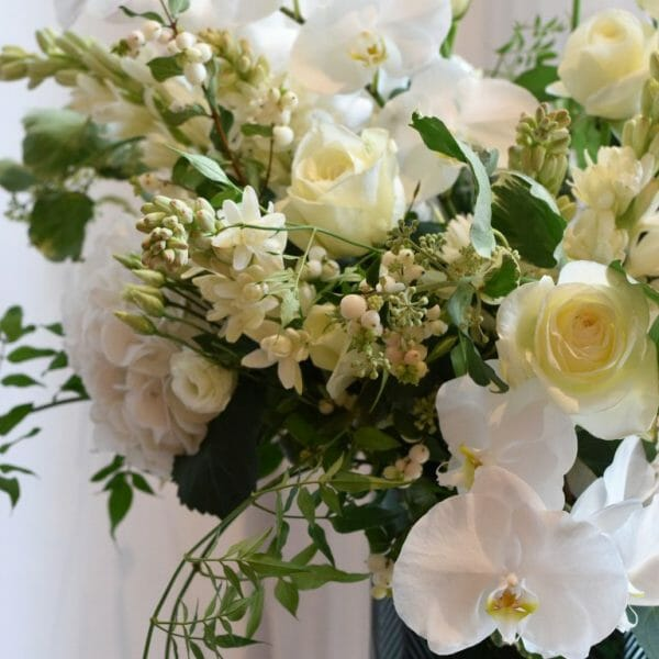 photo showing a sample luxury of a white vase arrangement sample for home decoration, Kensington flowers London
